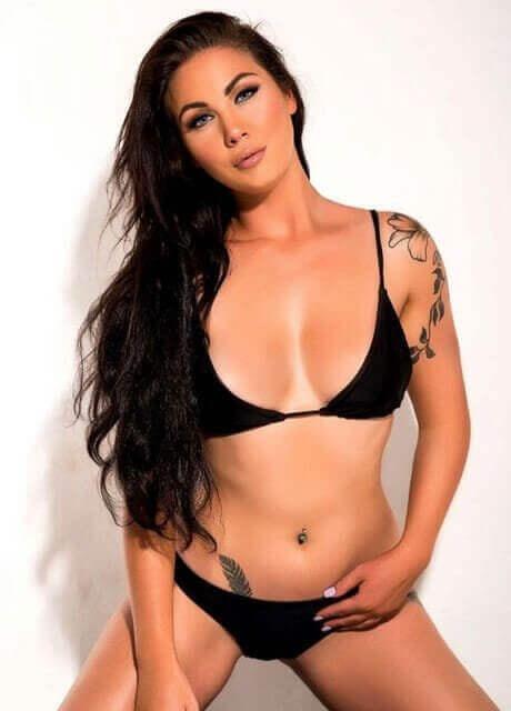 sash topless waitress