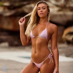 blonde barmaid topless sydney