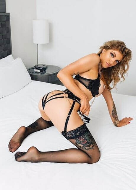 tiger lily perth waitress 2