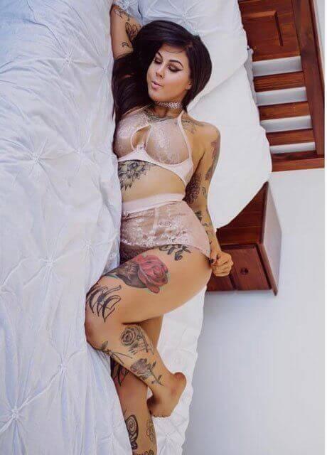 amity addams adelaide topless waitress2